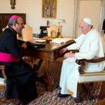 2015-04-28 papa bispo